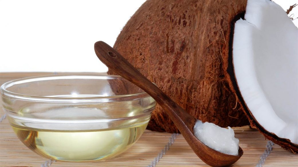 Coconut oil tease for your hair